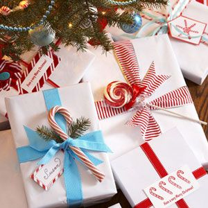 Neat gift wrapping idea... other color schemes and candies would work for birthdays and such too!