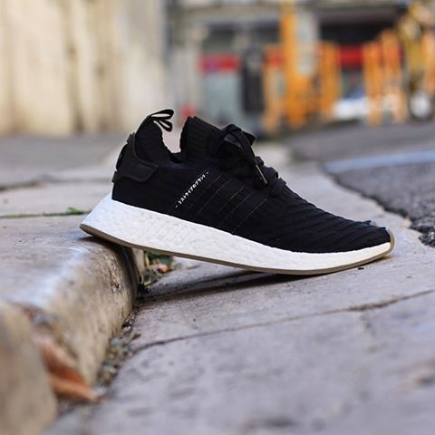 Adidas NMD_R2 Primeknit Japan Core Black BY9696 | Adidas nmd