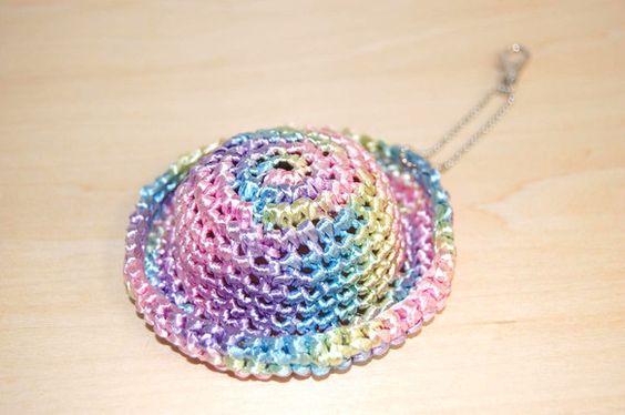 素材:エコアンダリア帽子直径:約8cm|ハンドメイド、手作り、手仕事品の通販・販売・購入ならCreema。