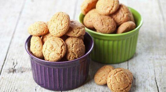 Biscoitos de avelã e amêndoa