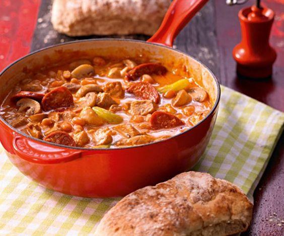 Backofentopf mit Ciabatta                              -                                  Eine deftige Suppe zu jedem Anlass