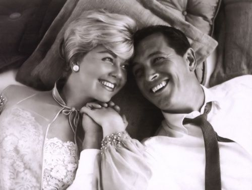 Doris Day and Rock Hudson in 'Pillow Talk', 1959.  Cute movie!