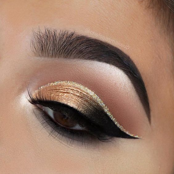 74 Gorgeous Eye Makeup Looks For Day And Evening #makeup #eyemakeup #mua #beauty #eyeshadow