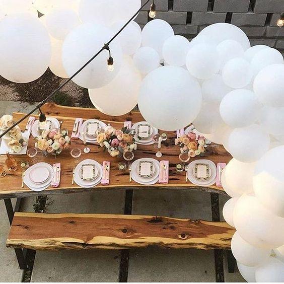 Beautiful by @sugarandcloth #Regram via @littlebigcompany  gorgeous white balloon garland