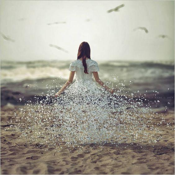 10 признаков, что вы счастливы в одиночестве                                      http://econet.ru/articles/147743-10-priznakov-chto-vy-schastlivy-v-odinochestve