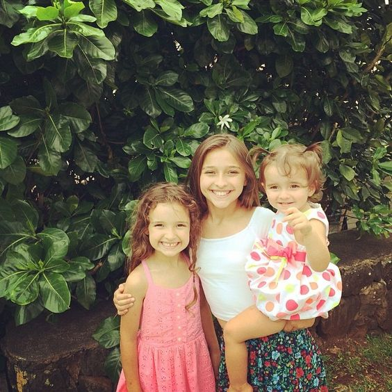 Teilor Grubbs with her sisters on Easter