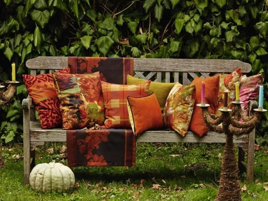 .Autumn colors~ welcome bench