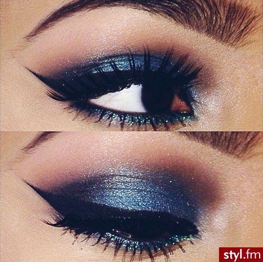 blue makeup enhanced beauty pinterest smoky eye garde d 39 hiver et maquillage yeux de biche. Black Bedroom Furniture Sets. Home Design Ideas