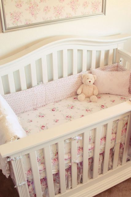 shabby chic nurseries beautiful and shabby on pinterest. Black Bedroom Furniture Sets. Home Design Ideas