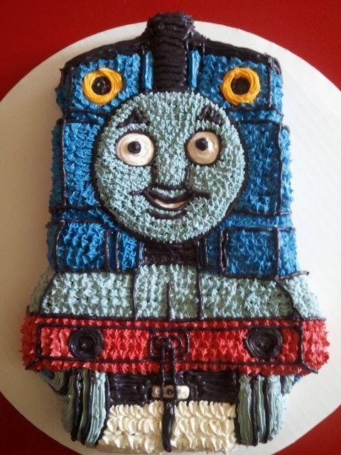 thomas the train cake:
