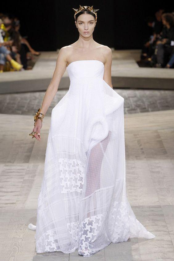 Givenchy Fall 2009 Couture Fashion Show - Mariacarla Boscono (Viva):