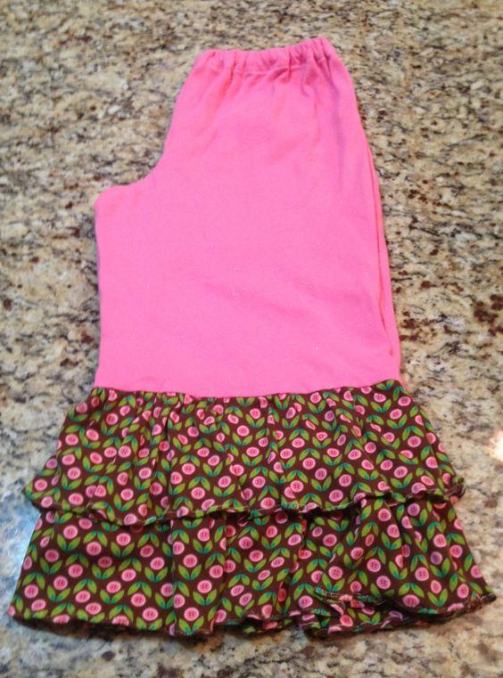 Matching flower pants for the flower top $35 find us on Facebook. Sewcutechics