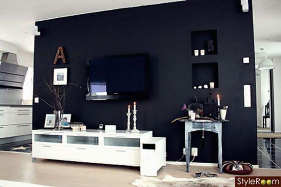 zwarte achterwand of behang achter tv