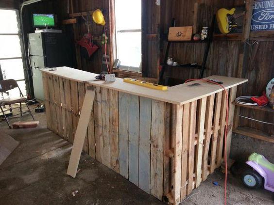 bar en bois de palettes diy pinterest arri re cours. Black Bedroom Furniture Sets. Home Design Ideas