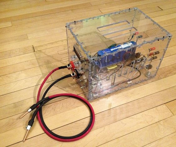 This Instructables includes plans to build a dual pulse capacitive discharge spot welder that can output 400 amps in 60 micro seconds.