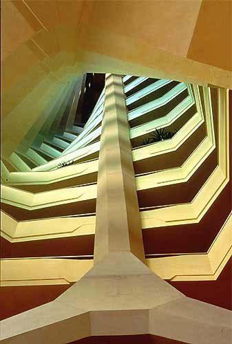 Organische architectuur in bedrijf interieur zorgt voor for Interieur bedrijf