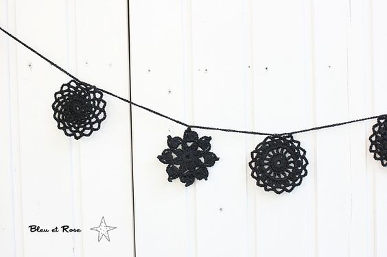 crocheted garland - DaWanda