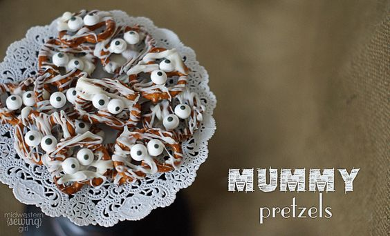 A really fun DIY recipe for mummy pretzels.  Adorable!