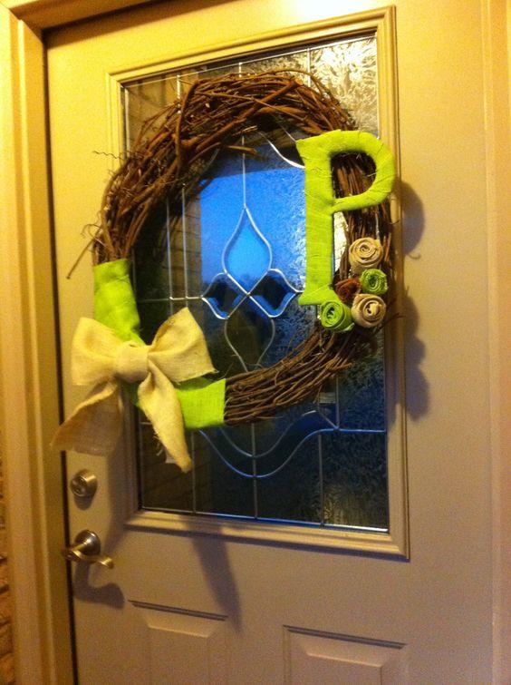 Easy peasy fall wreath !