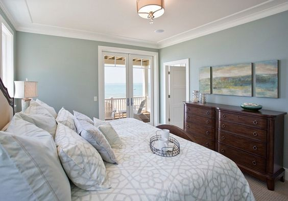 a favorite paint color for master bedrooms benjamin