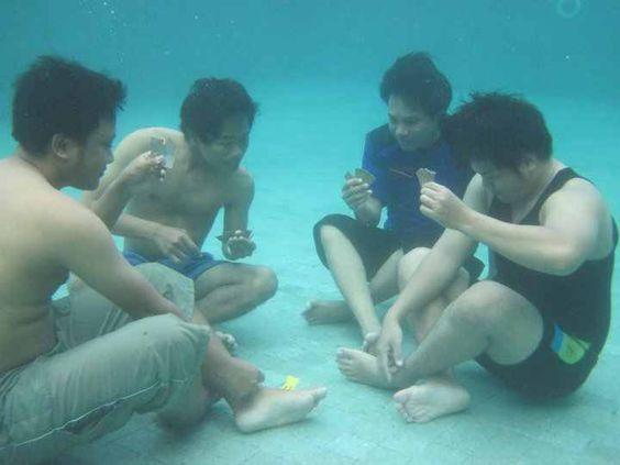 Gambling in a pool
