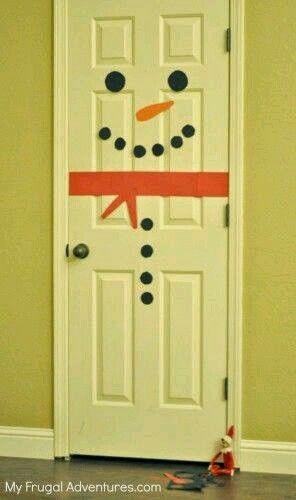 Door snowman