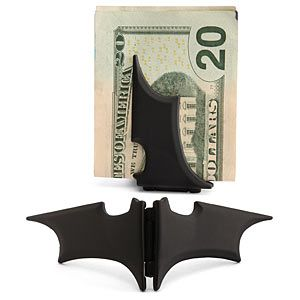 While I find a magnetized money clip useless--I carry my credit cards in mine--who wouldn't want to carry their money with a bat-a-rang?