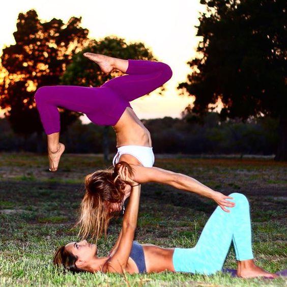 Support your friends in all their bends #acroyogaaddicts#partneryoga#fun#yogi#yogabeyond#acroyoga#yogabeginner#yoga#yogapractice#centralcoast#805 #yogaeverydamnday#solvang #igyogafam #instayoga #yoga #yogi #igyogafam #instayoga #yogabeginner #yogapractice #stretch #yogaeveryday #ladybase #artinmotion #yogabeyond#aylifestyle #acroinspiration #ladybasemovement #lompocvalleyacro