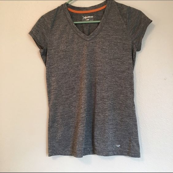workout top In good condition Tops