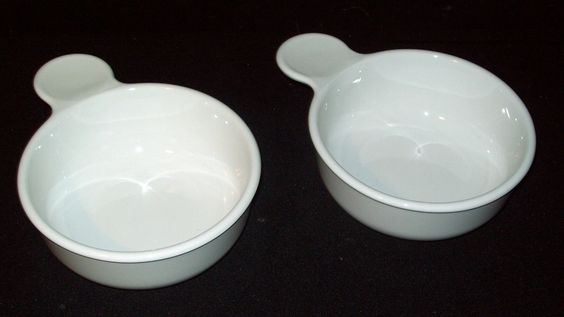 Set of (2) Corningware Grab It Bowls - White - Great Condition - No Lids