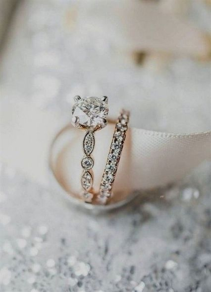 Best Weddings Ever Wedding Hair Accessories For Brides Weddings That Will Make You In 2020 Vintage Engagement Rings Wedding Rings Vintage Tiffany Engagement Ring