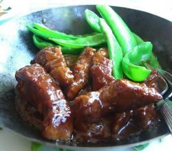 Cantonese Sweet-Sour Pork recipe from ifood.tv. Place pork strips in crock pot. Add green pepper and sliced onion. In bowl, mix brown sugar and cornstarch. Ad