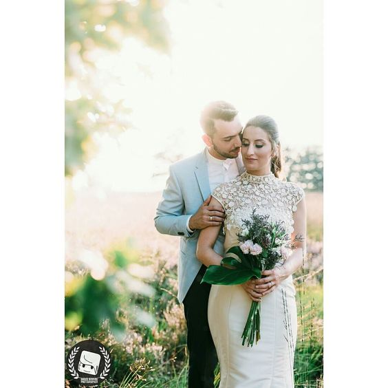 """Saturday 27th of August was the day of """"Yes I Do"""" for these lovebirds.  The make-up was made by @reyhanreyhann and the bouquet is made by @siblle_  2016 CNGZ ARTS - Beytullah Cengiz  WWW.CENGIZ.BE - INFO @ CENGIZ. BE  #wedding #weddings #weddingdress #weddingphotographer #weddingday  #weddingphotography #weddinginspiration #weddingparty #weddingcake  #weddingdecor #düğün #dugun #dugunhikayesi  #dugunfotografcisi #dugunfotograflari  #düğündernek #düğünfotoğrafçısı #düğünfotoğrafı…"""