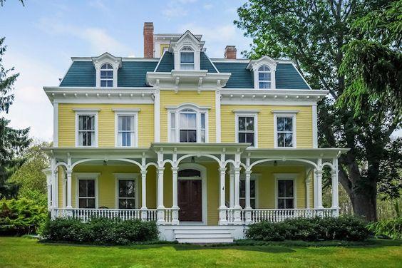 Exquisite Circa-1850 Rhode Island Estate Asks $1.25M