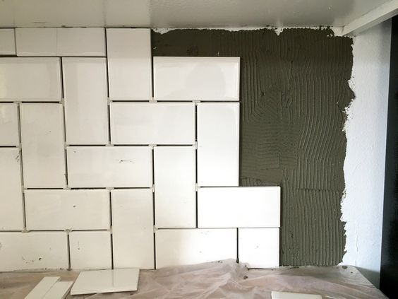 How To Install A Kitchen Backsplash Wall Of Subway Tiles Laid In A Straight Herringbone Tile Backsplash Herringbone Backsplash Kitchen Herringbone Tile Floors