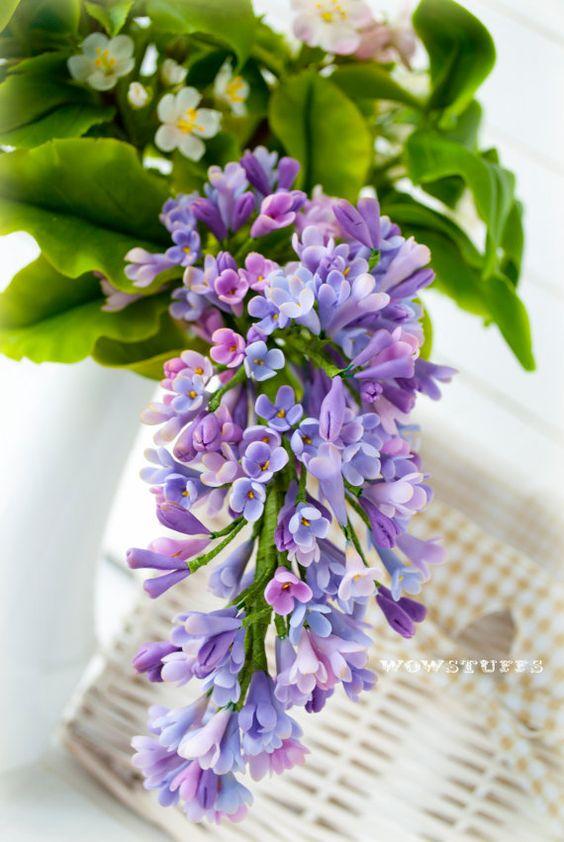 Arrangement floral Lila fleurs de printemps en par WowBloomRoom