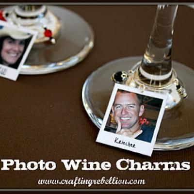 Photo Wine Charms {Party Gift}  http://go.tipjunkie.com/hm/1824/craftingrebellion.blogspot.com/2011/11/photo-wine-charms-using-facebook.html#