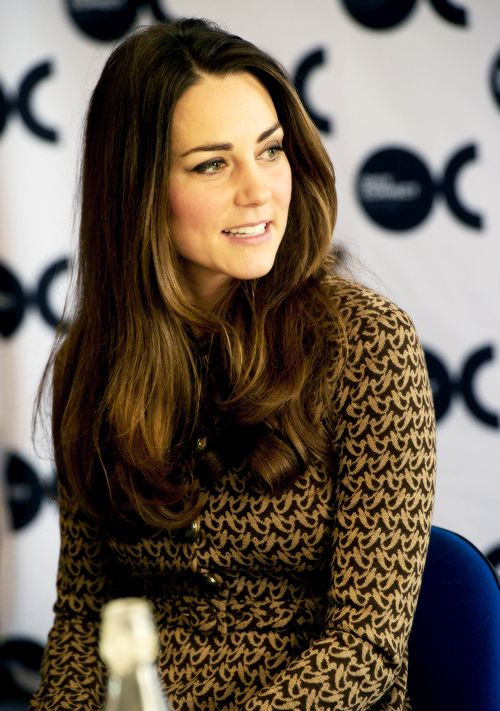Duchess Kate at the offices of Only Connect, November 19, 2013
