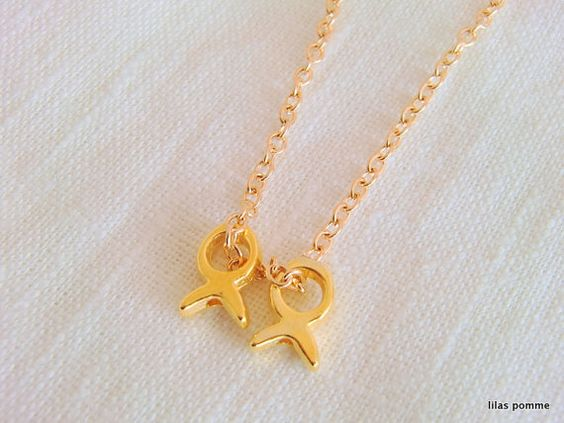 Hey, I found this really awesome Etsy listing at https://www.etsy.com/listing/207999761/little-fishs-necklace-minimalist-delicat