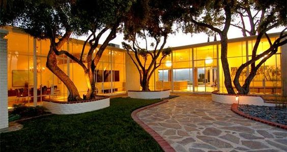 Frank Sinatra's L.A. Rat-pack House for Sale