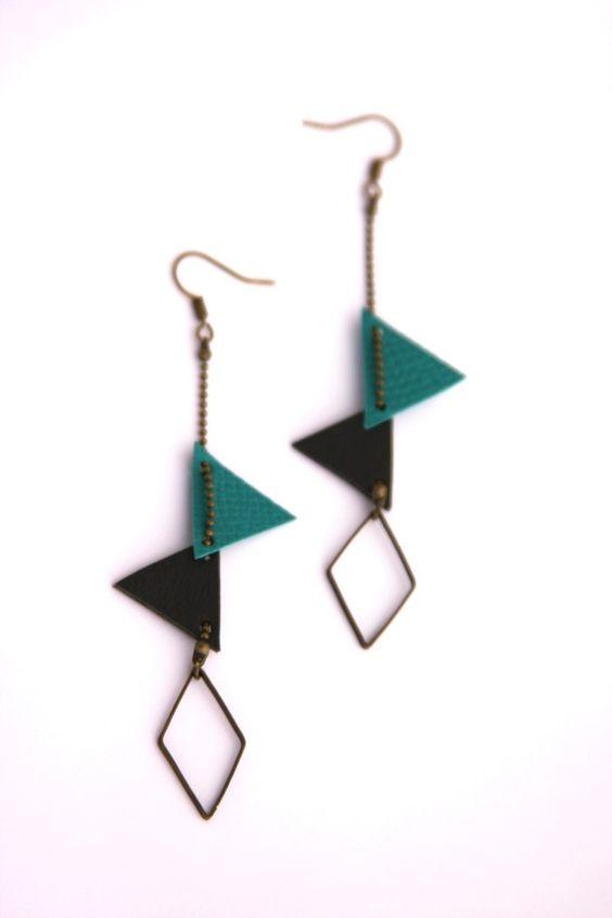 Boucles d'oreilles triangles bleu vertes