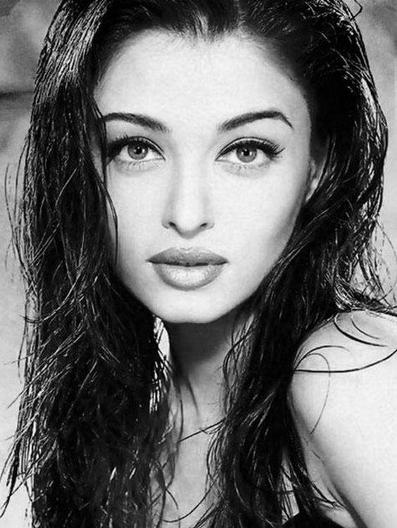Can not aishwarya rai most beautiful woman pics