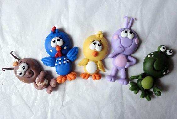 Aplique em biscuit galinha pintadinha!!!