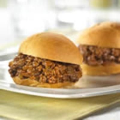 Classic Sloppy Joes (courtesy of @Cleozoj566 )
