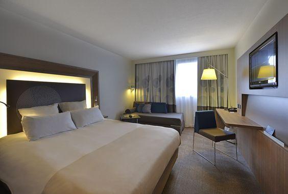 Chambre Executive Hotel Novotel Lens Noyelles Spacieux Design Contemporain Parasol Chauffant