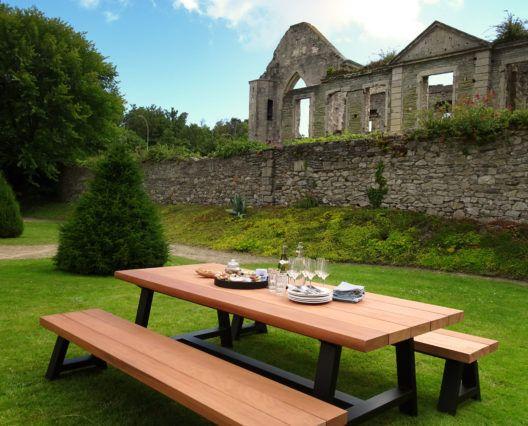 Tables A Manger En Metal Et Bois Massif Fabrication Artisanale Table A Manger Metal Table A Manger Bois Massif