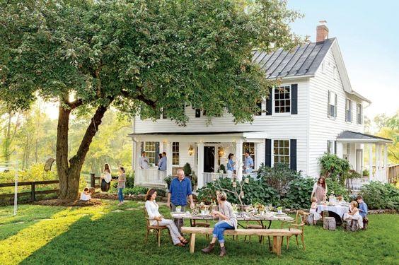 Virginia farmhouse, family party. Tire swing. Summer. Family.