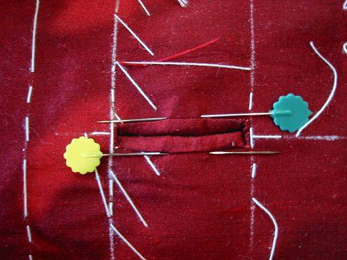 Knopfloch formen - Paspelknopflöcher