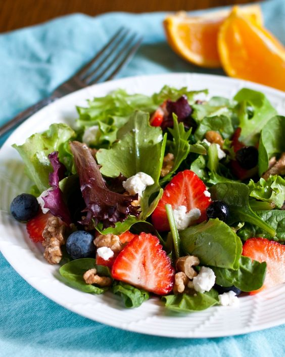 strawberries spinach goat cheese salads roasted walnuts berry salad ...