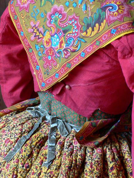 Costume de provençale vers 1820.